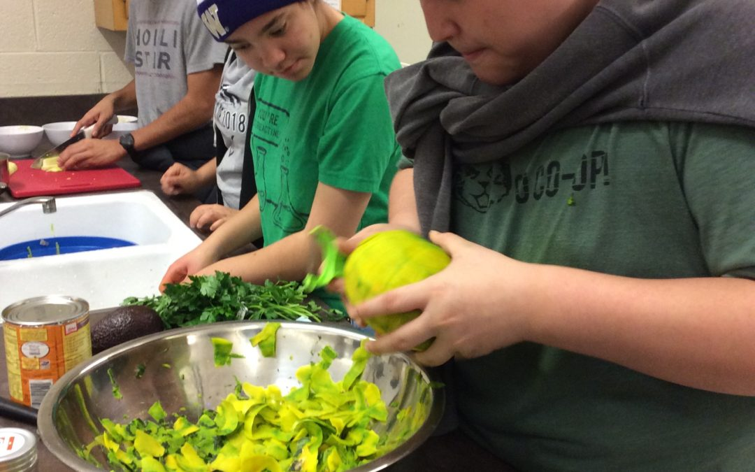 Press Release: Highline Students Advocate for Less Pizza, More Greens in the Cafeteria